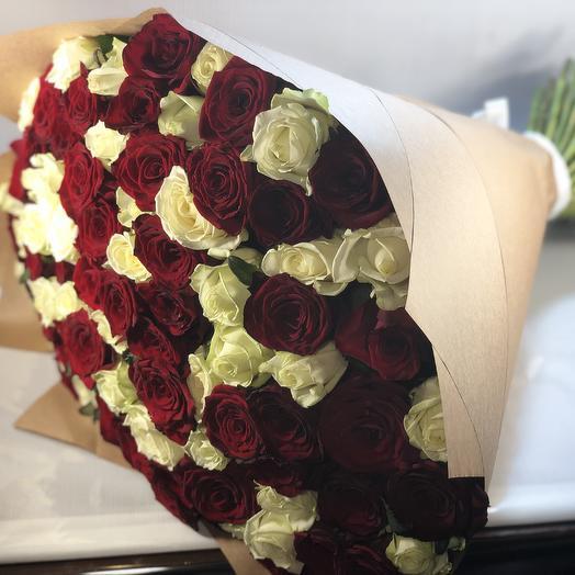 101 роза белые+красные: букеты цветов на заказ Flowwow