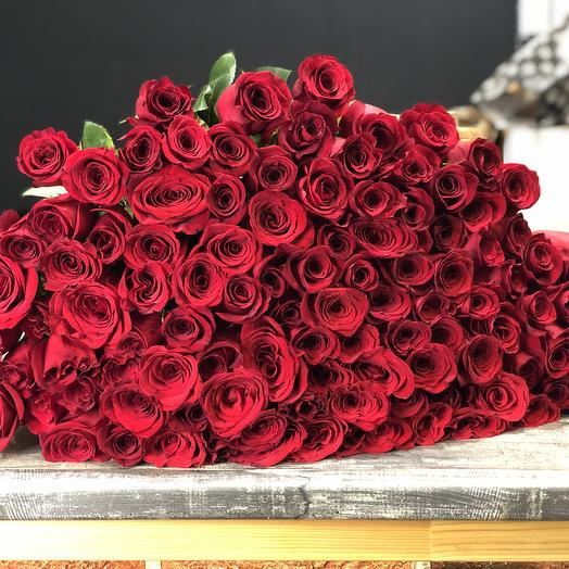 101 роза 100 см: букеты цветов на заказ Flowwow