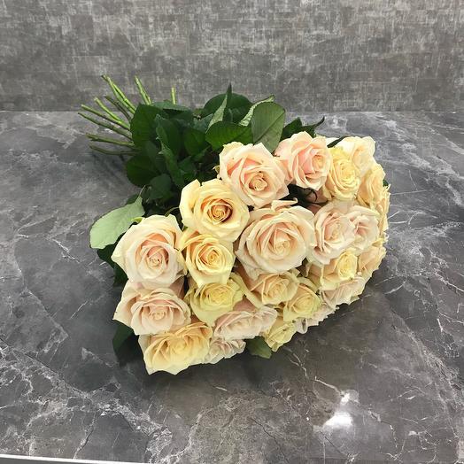 25 роз Талея 40 см: букеты цветов на заказ Flowwow