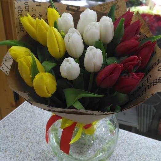 """21 тюльпан """"веяние весны"""": букеты цветов на заказ Flowwow"""