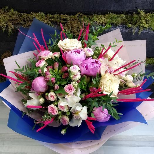 Букет Вечер в Гранаде: букеты цветов на заказ Flowwow