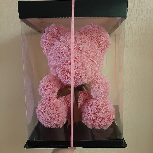 Розовый мишка из роз
