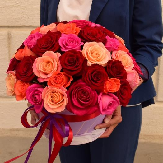 Шляпная коробочка с розами Яркие чувства