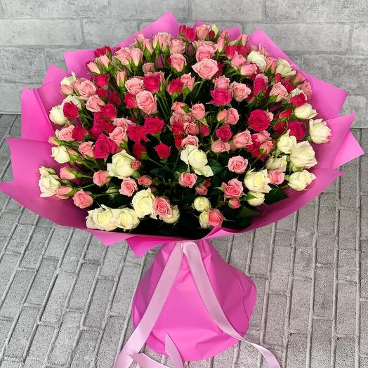 Букет из кустовых роз 1