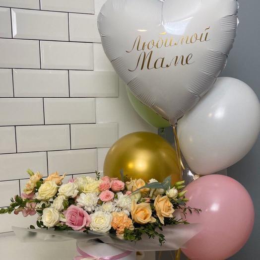 Коробочка и шары для мамы