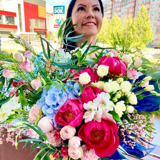 Large Bright bouquet with peonies (France), with blue hydrangea and peony-shaped bush roses