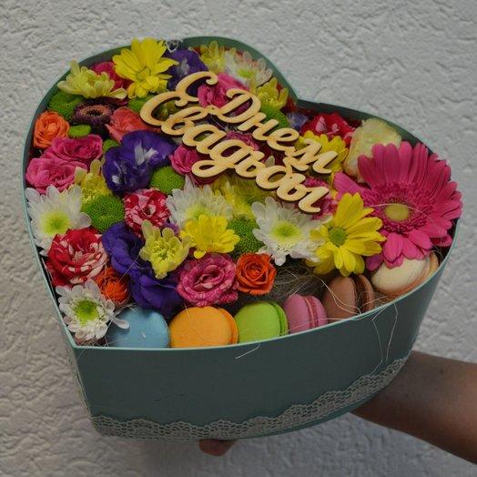 С днем свадьбы!: букеты цветов на заказ Flowwow
