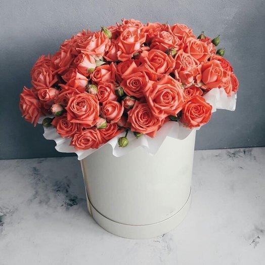 Цилиндр с кустовой розой Барбадосс