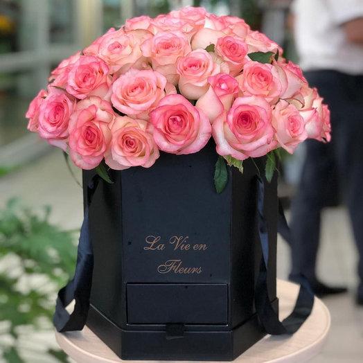 """Коробка роз """"Цветочный рай"""""""