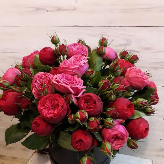 Шикарная пионовидная роза в шляпной коробке: букеты цветов на заказ Flowwow