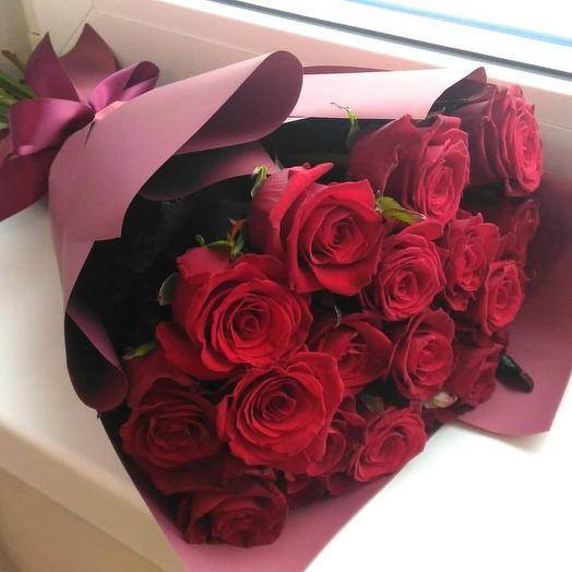 15 премиум роз 60 см: букеты цветов на заказ Flowwow