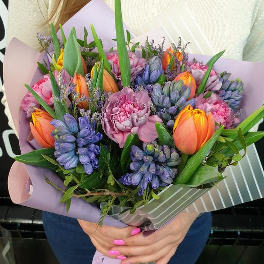 Весенняя фантазия: букеты цветов на заказ Flowwow