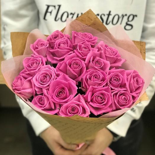 Розы. Букет из 19 розовых роз. N17: букеты цветов на заказ Flowwow