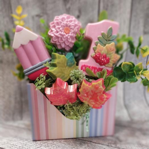 Мыльный набор на 1 сентября: букеты цветов на заказ Flowwow