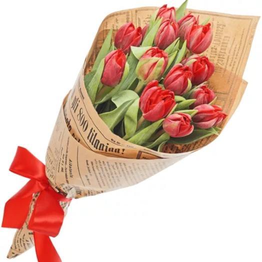 Красный пионовидный тюльпан: букеты цветов на заказ Flowwow