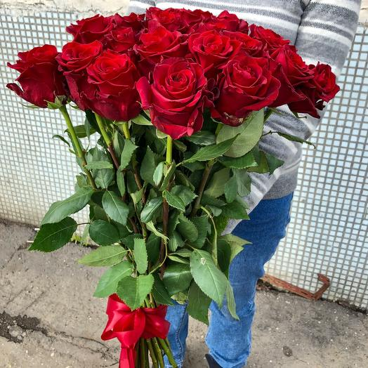Букет Красные розы: букеты цветов на заказ Flowwow