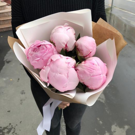Моно розовые пионы: букеты цветов на заказ Flowwow