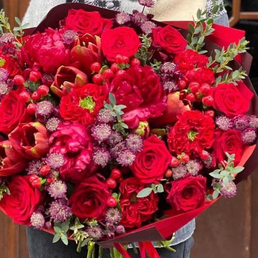 Букет цветов «Страстная любовь»