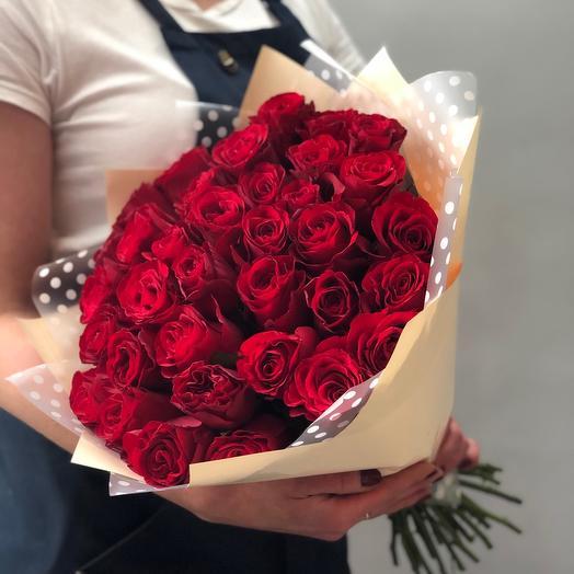 35 красных роз Star