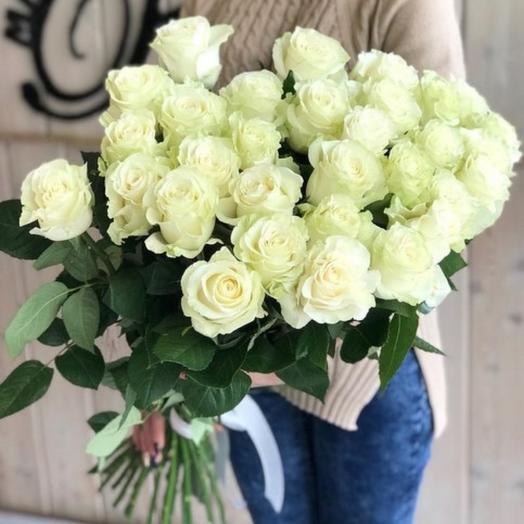 Большая охапка роз