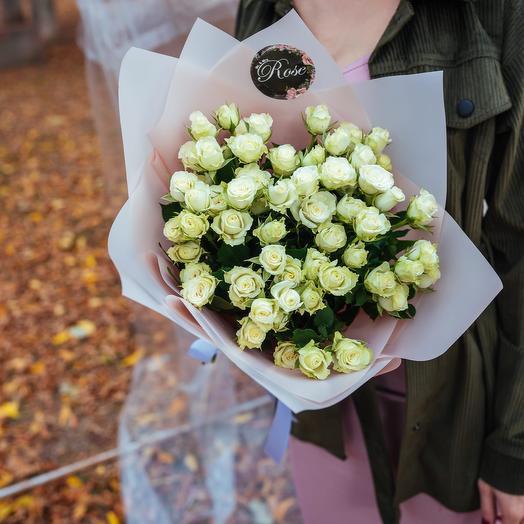 Букет из кустовых роз Сноуфлейк