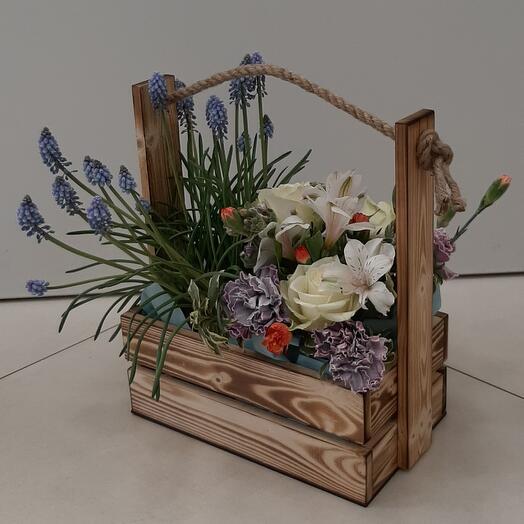 Цветы в коробке(Комплимент для Любимой)