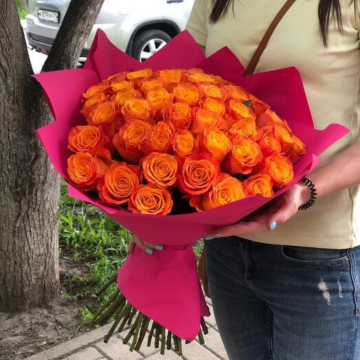Букет из 51 оранжевой розы с оформлением