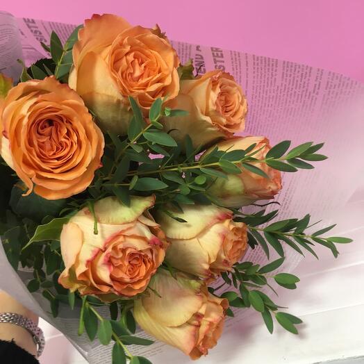 Роза с эвкалиптом