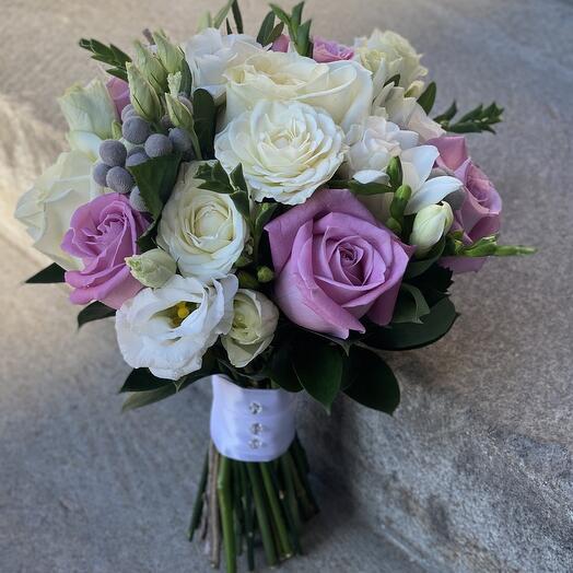 Букет невесты с розой маритим