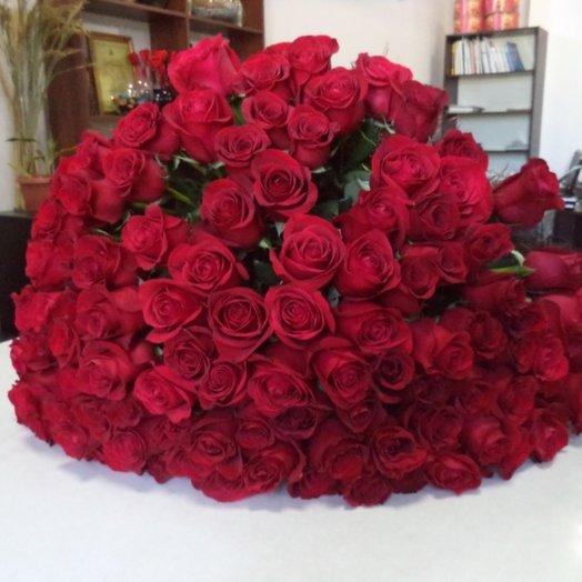 101 роза (королевский букет): букеты цветов на заказ Flowwow