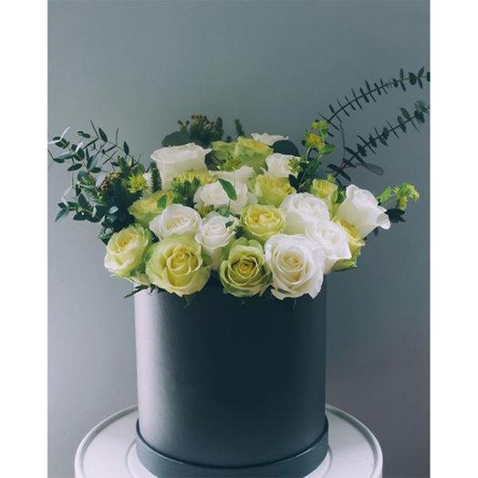 Букет из роз в шляпной коробке: букеты цветов на заказ Flowwow