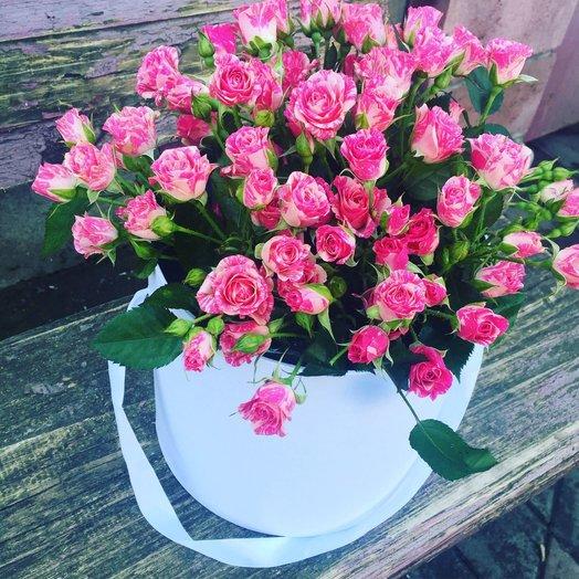 Коробочка из кустовых роз: букеты цветов на заказ Flowwow