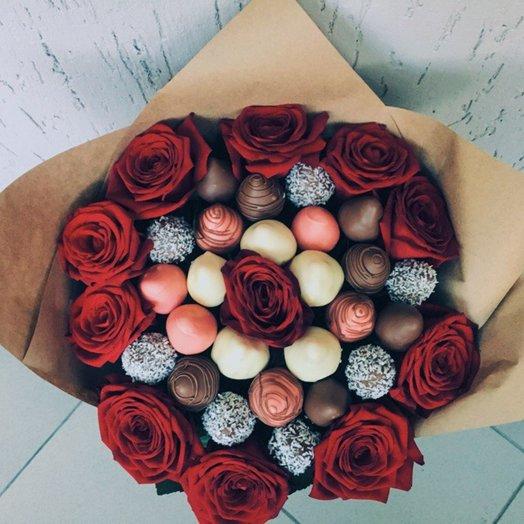 Клубничная любовь: букеты цветов на заказ Flowwow