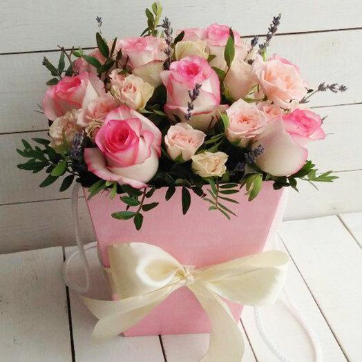 Кашпо с лавандой и розами: букеты цветов на заказ Flowwow
