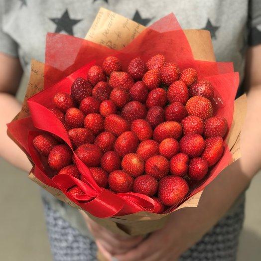Букеты из фруктов. Клубника в букете. N139: букеты цветов на заказ Flowwow