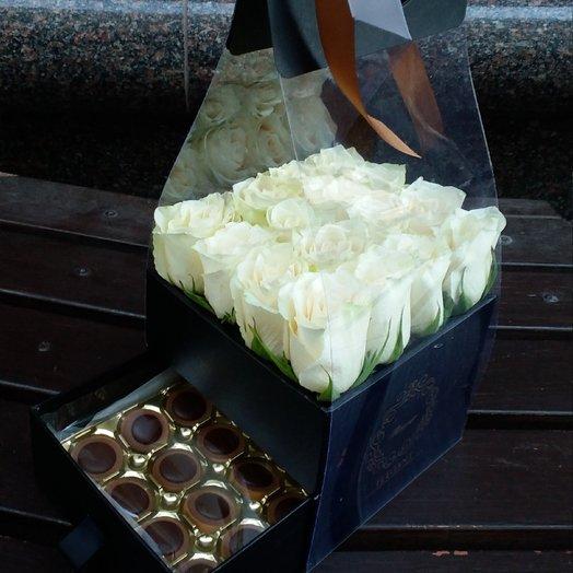 Стильная коробочка с сюрпризом: букеты цветов на заказ Flowwow