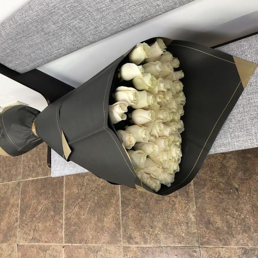 Букет из 51 белой Розы «Венделла»: букеты цветов на заказ Flowwow
