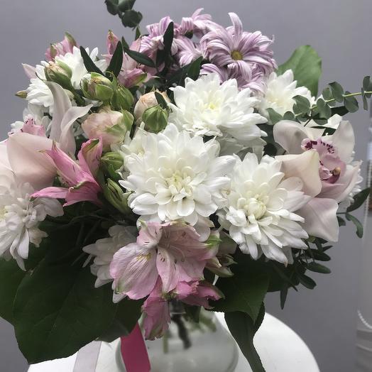 С орхидеями: букеты цветов на заказ Flowwow