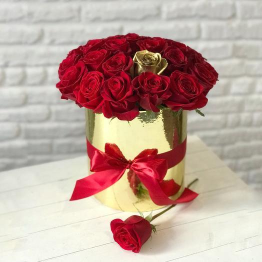 Burgundy roses in gold box