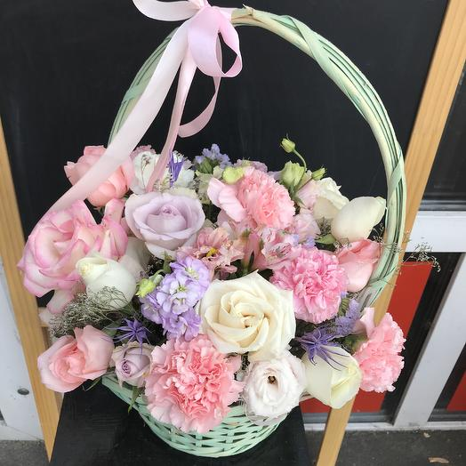 Корзинка счастья 💕: букеты цветов на заказ Flowwow