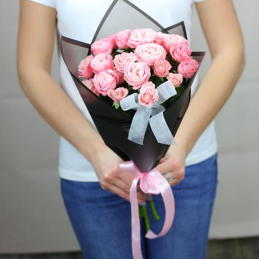 5 розовых кустовых роз: букеты цветов на заказ Flowwow