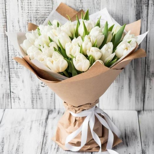 Букет белых тюльпанов: букеты цветов на заказ Flowwow