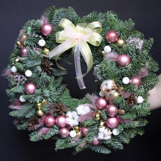 Рождественский нежный венок XL: букеты цветов на заказ Flowwow