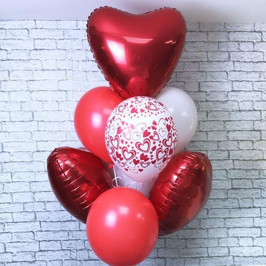Воздушные шарики «Люблю»: букеты цветов на заказ Flowwow