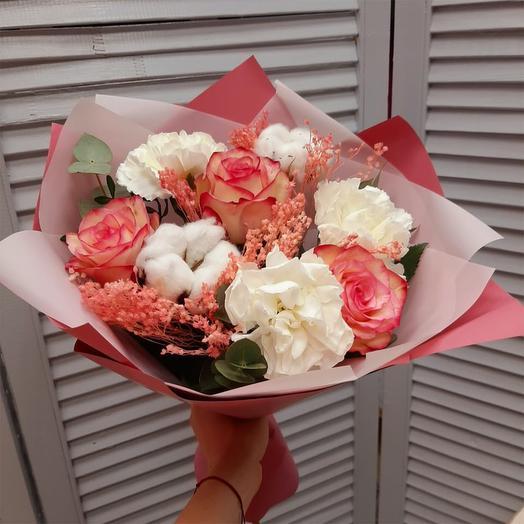 """Букет с хлопком и розами """"Тепло души"""""""