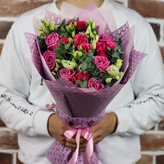 Букет из роз с эустомой (микс). N845