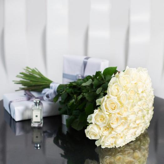 Букет из 51 розы сорта Аваланш
