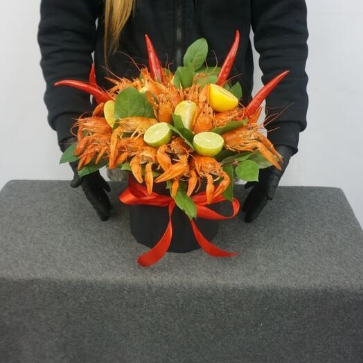 Аппетитная шляпная коробка с раками