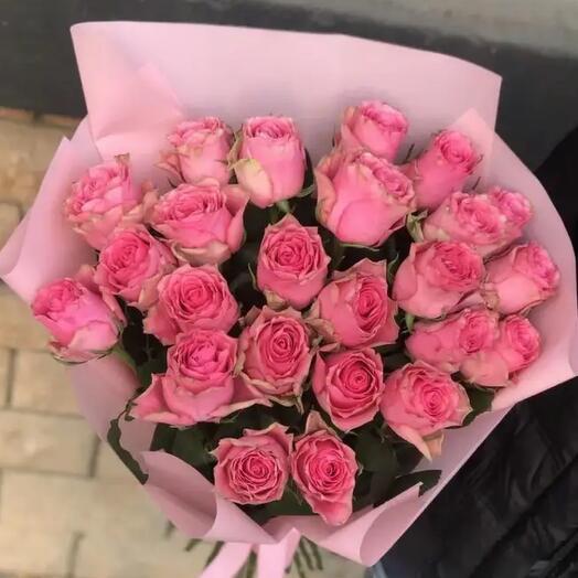 25 роз Лавли Родос Кения