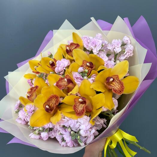 Букет Благородная Орхидея
